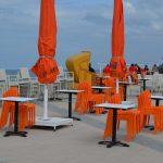 Farbenpracht auf der Strandpromenade