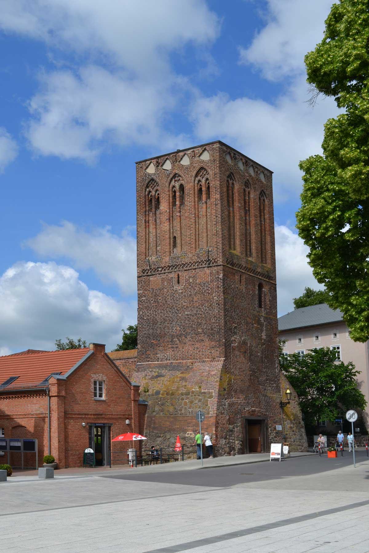 Mittelalterlicher Wehrturm