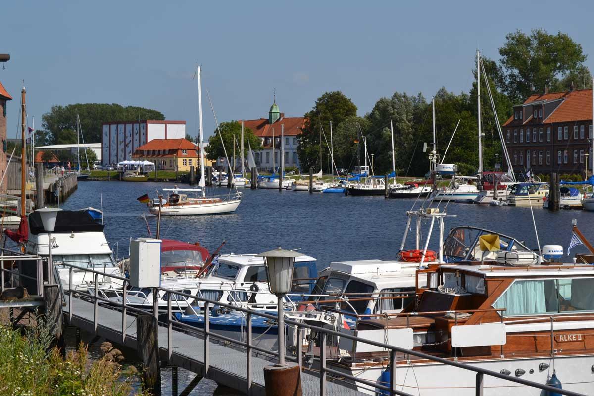 Glueckstadt Hafen