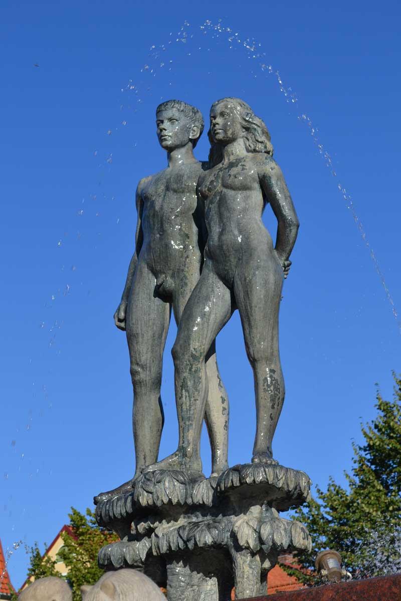 Statue auf dem Hauptplatz in Sölvesborg