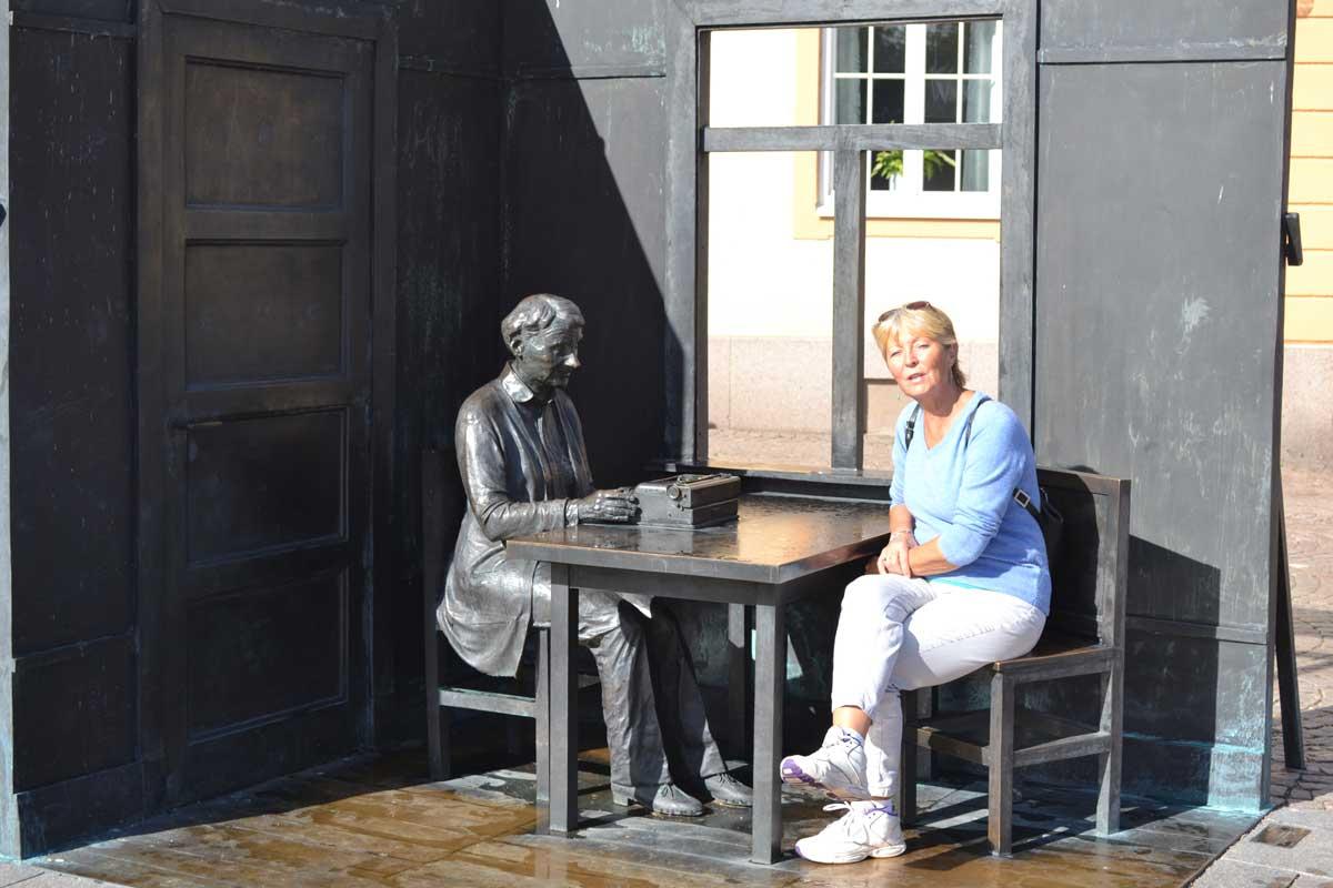 Anne im Gespräch mit Astrid-Lindgren