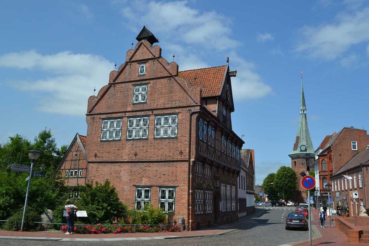 Wilster Innenstadt mit Kirche