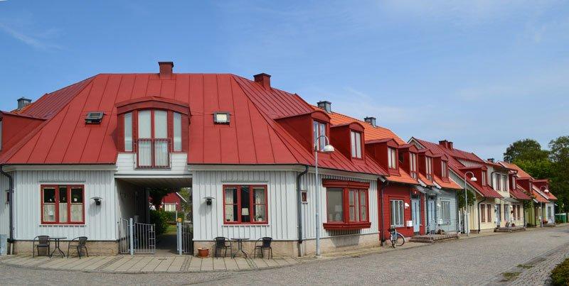 """Im alten Stil neu-erbaute Reihenhäuser in der """"Gamla Stan"""""""