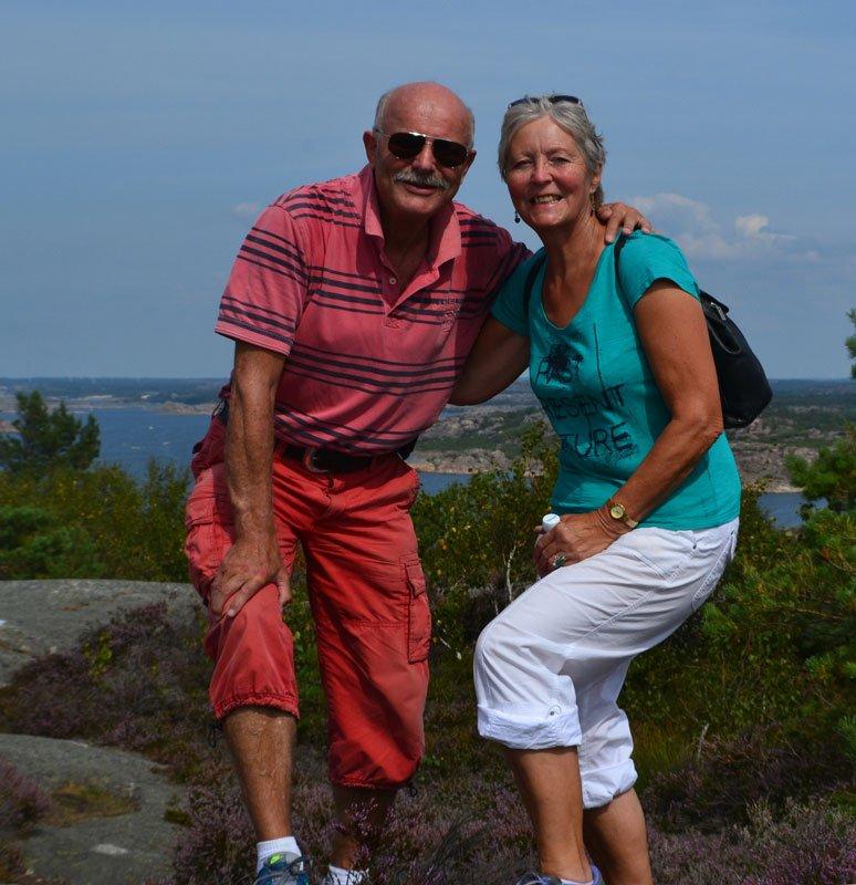 Selfie hoch oben auf den Felsen von Valö