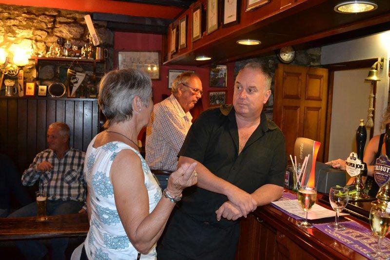 Allan mit Anne im Lemon Arms