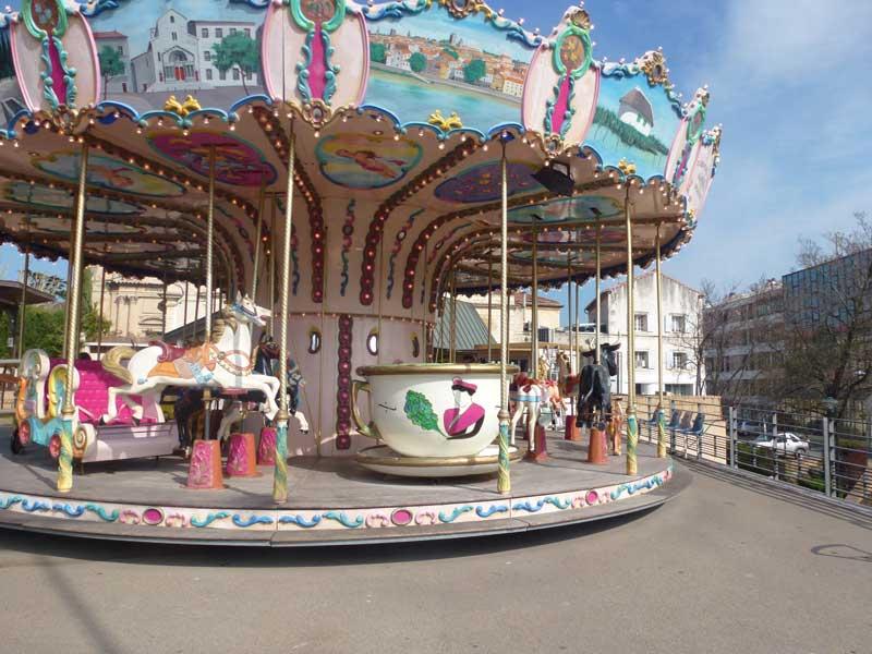 Karusell in Saintes Maries de la Mer, typisch für französische Städte