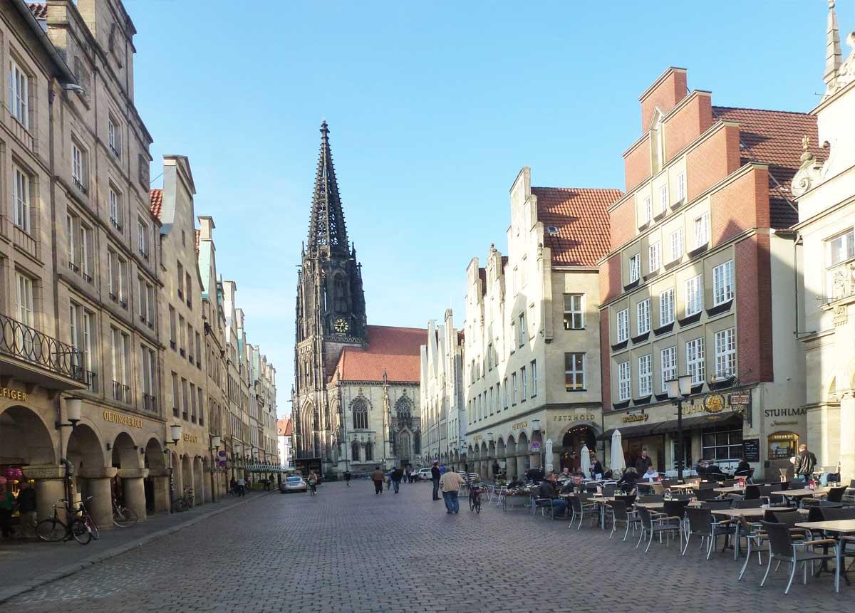 Die schönen Häuserfassaden in der Altstadt von Münster