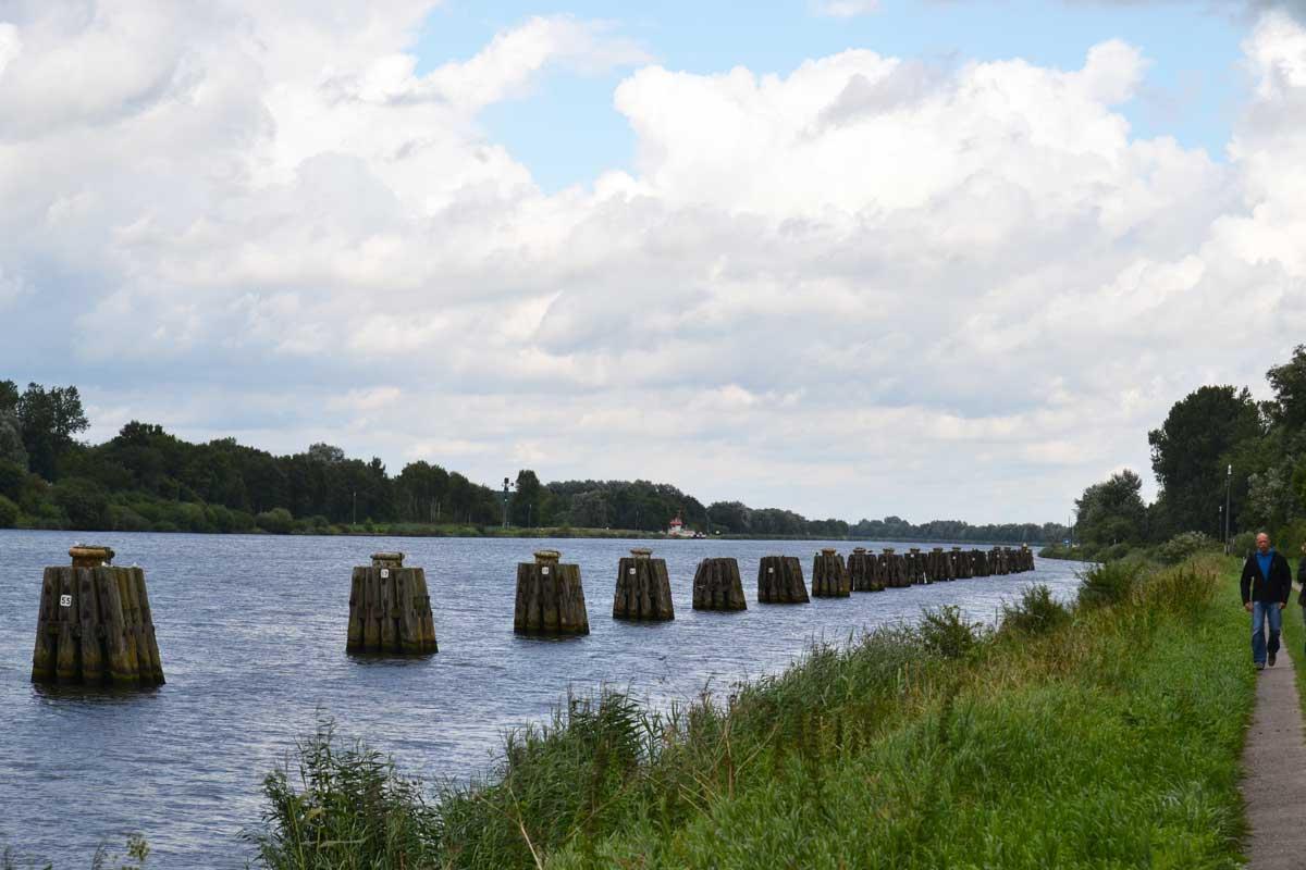 Kanal ohne Schiffe