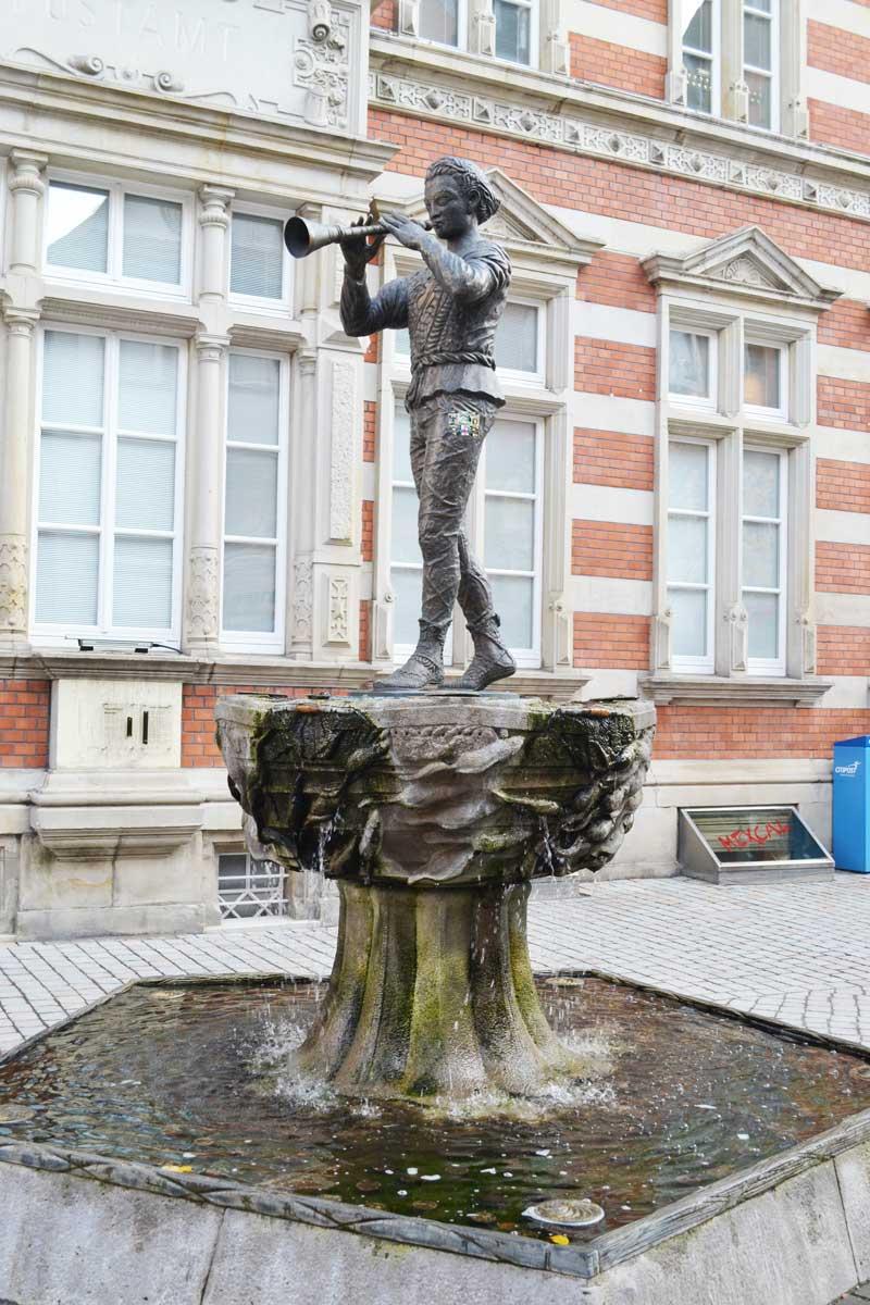 Statue des Rattenfängers von Hameln