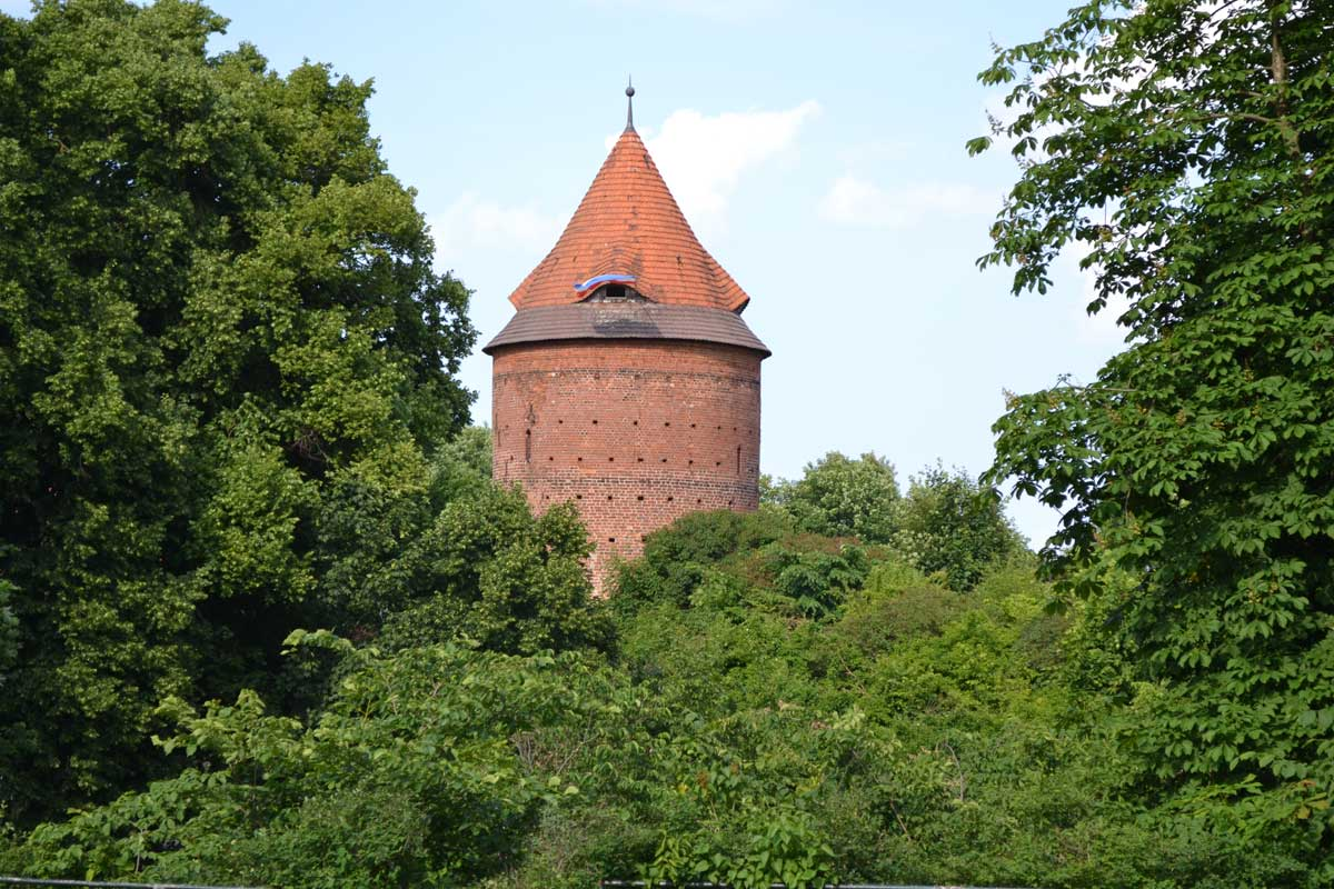 Alter Wehrturm in Plau am See