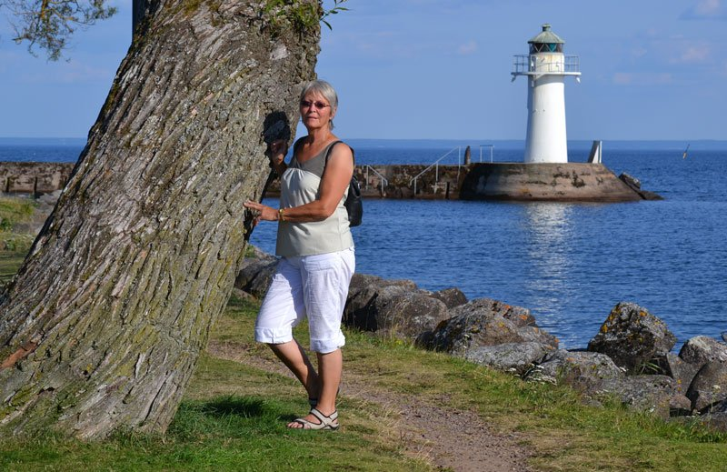 Anne mit Leuchtturm