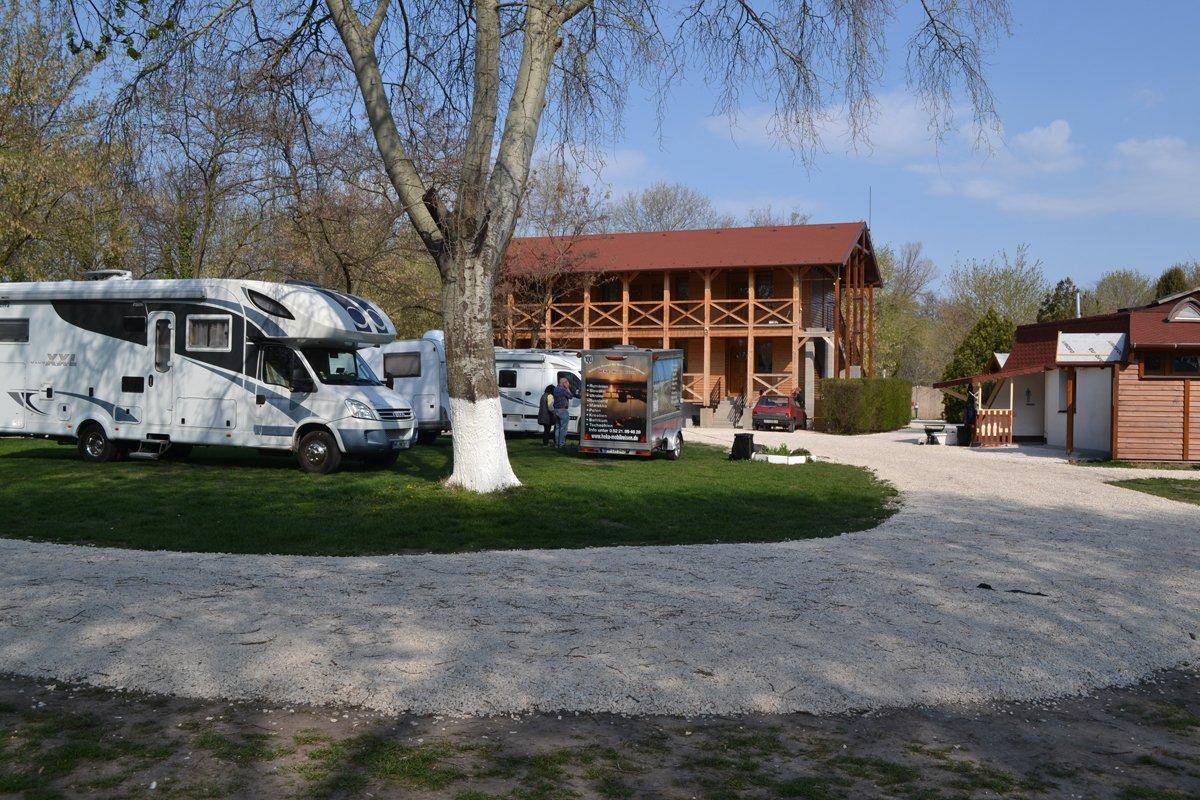 Wohnmobilstellplatz Arena Camping Budapest