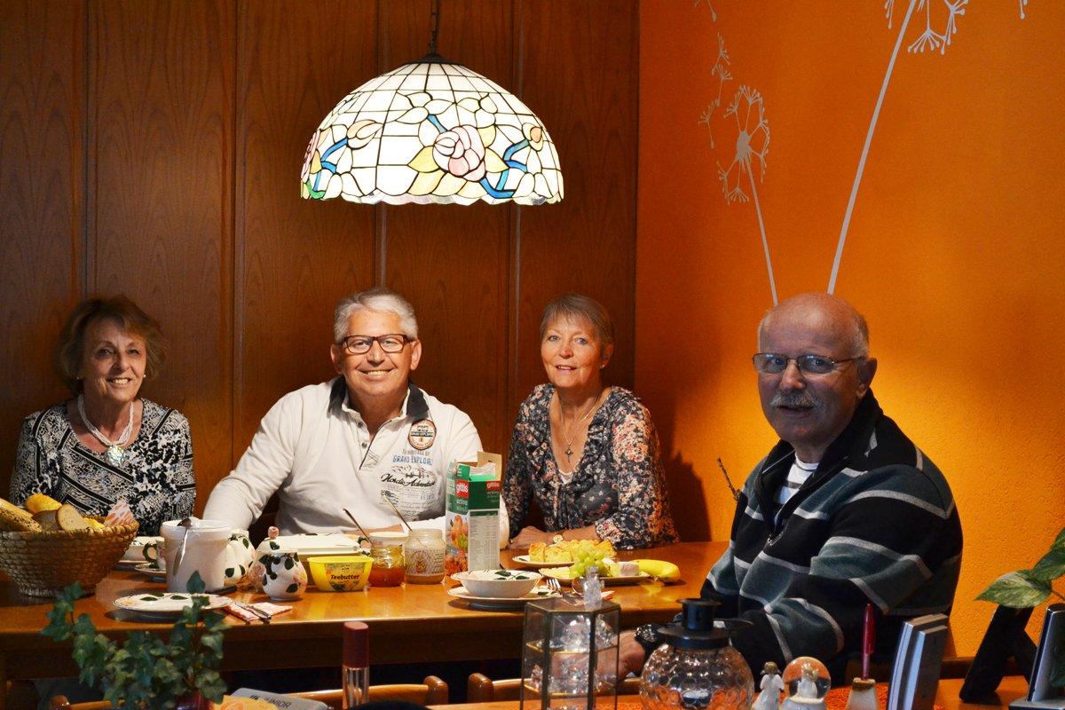 Beim Abendbrot mit Traude und Werner