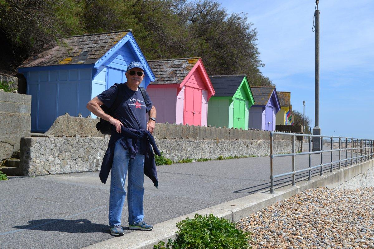 Bunte Strandhütten in Folkestone