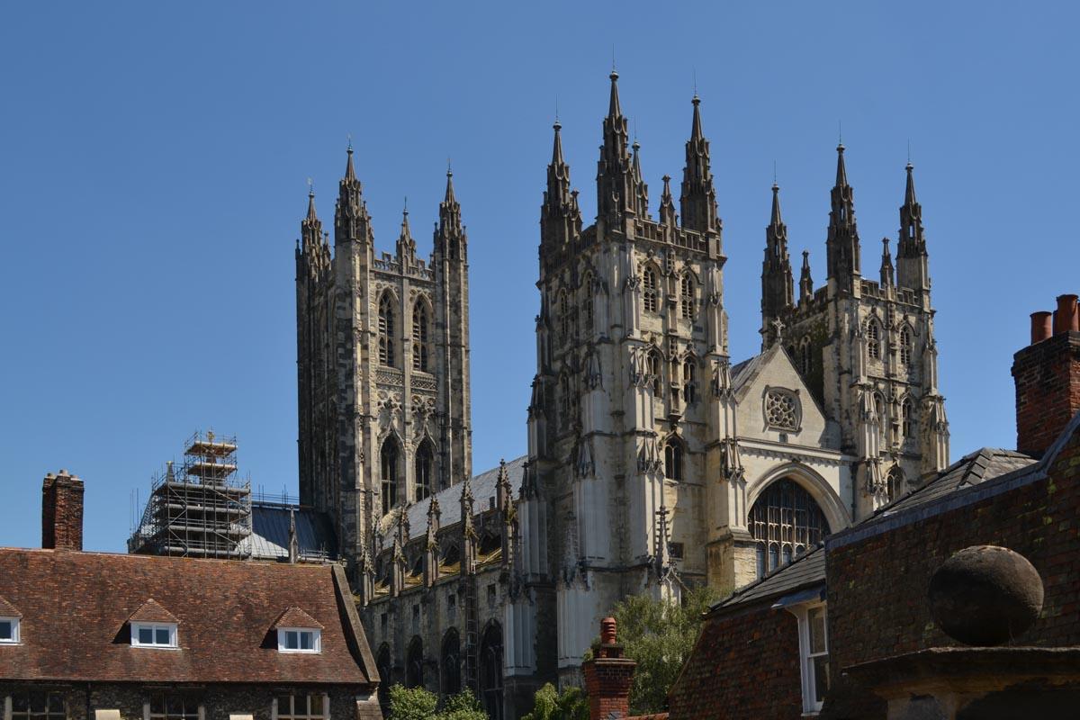 Die riesige Kathedrale