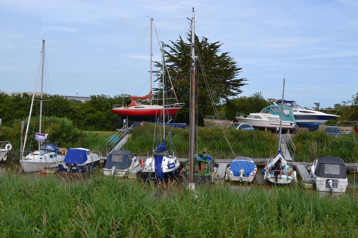 Boote auf dem Stour River