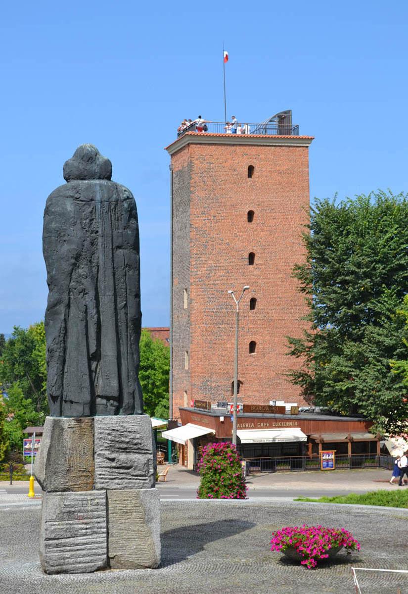 Kopernikus-Statue und Wasserturm