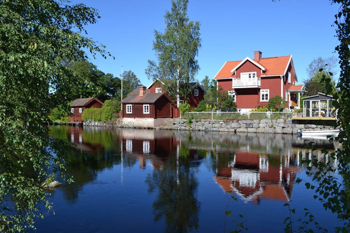 Sundborn Häuser am Fluss