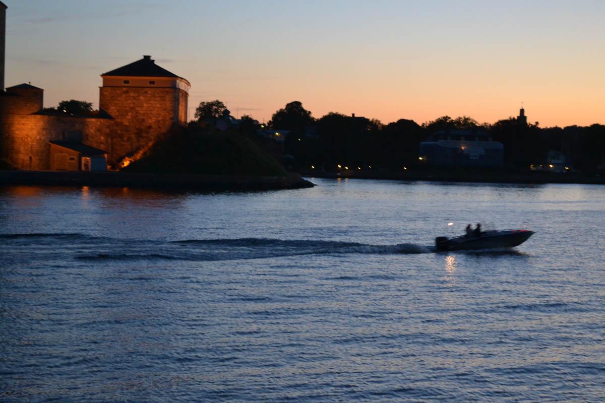 Vaxholm Festung im Abendlicht