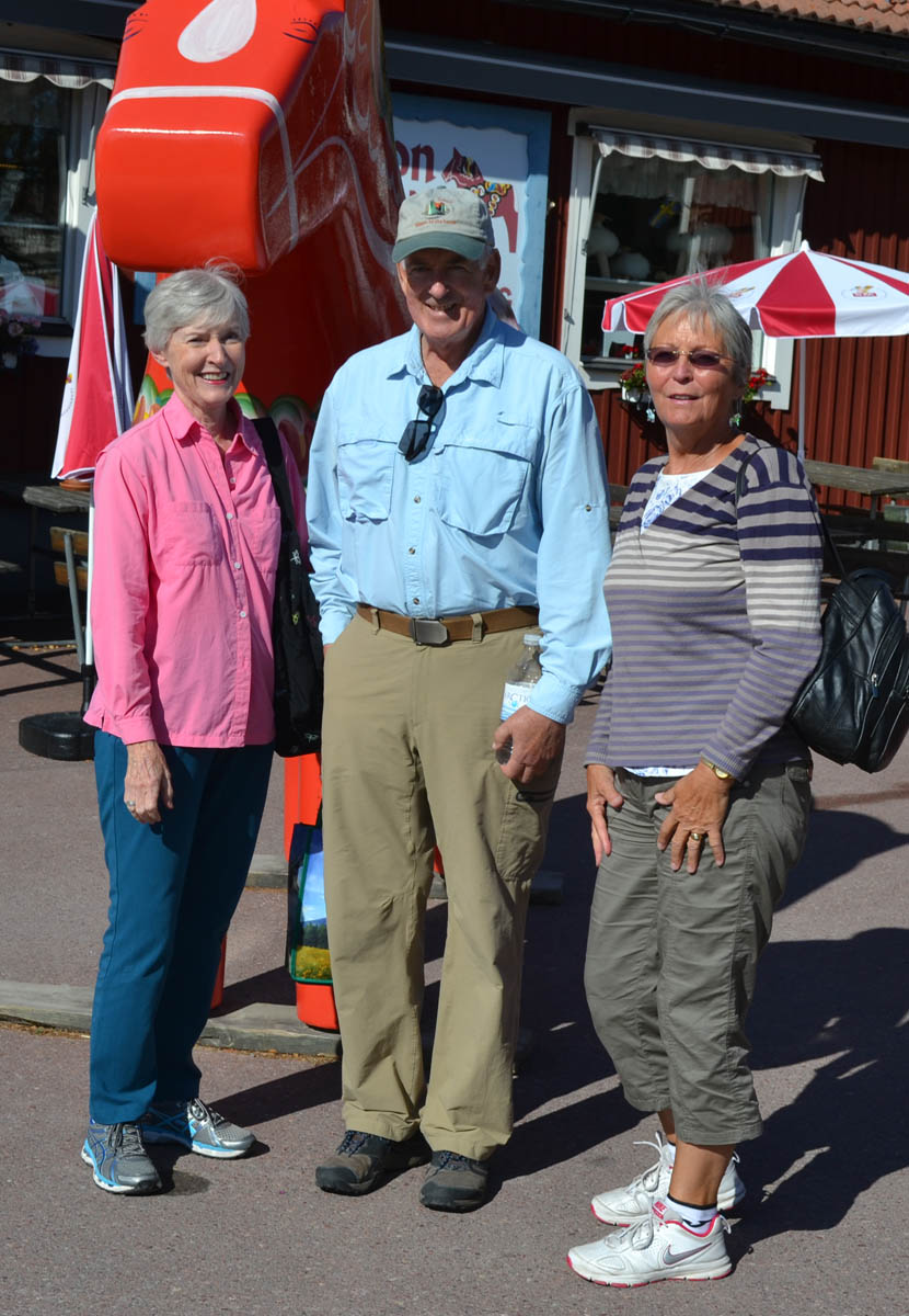 Anne with John and Nancy in Nusnäs Sweden