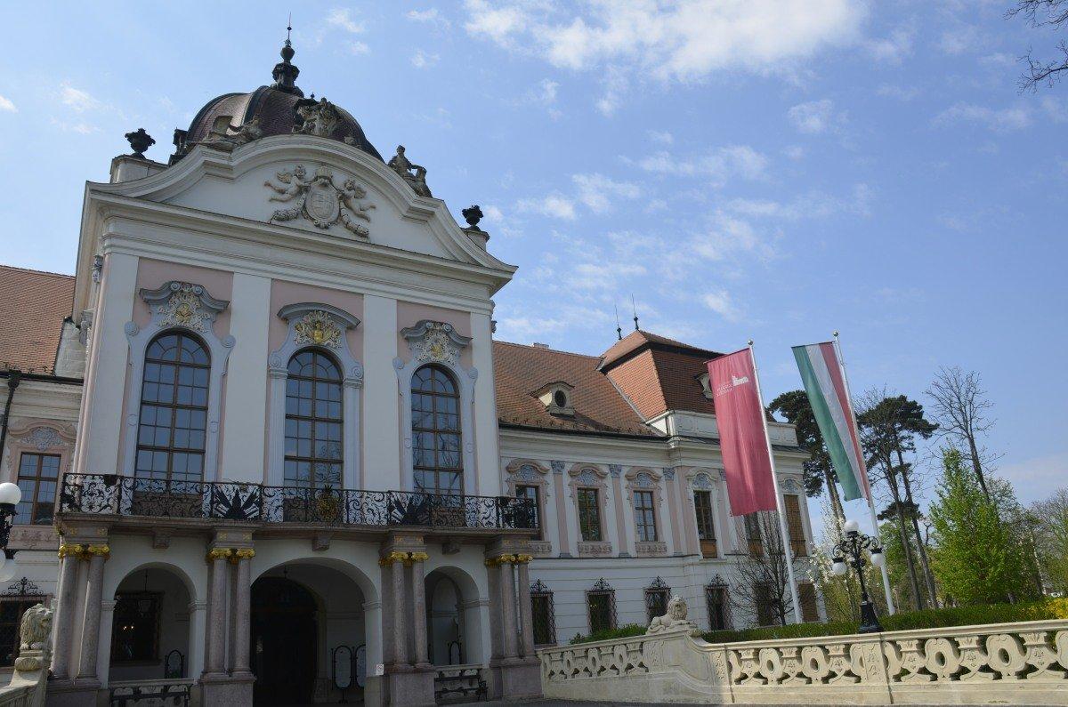 Königliches Palais