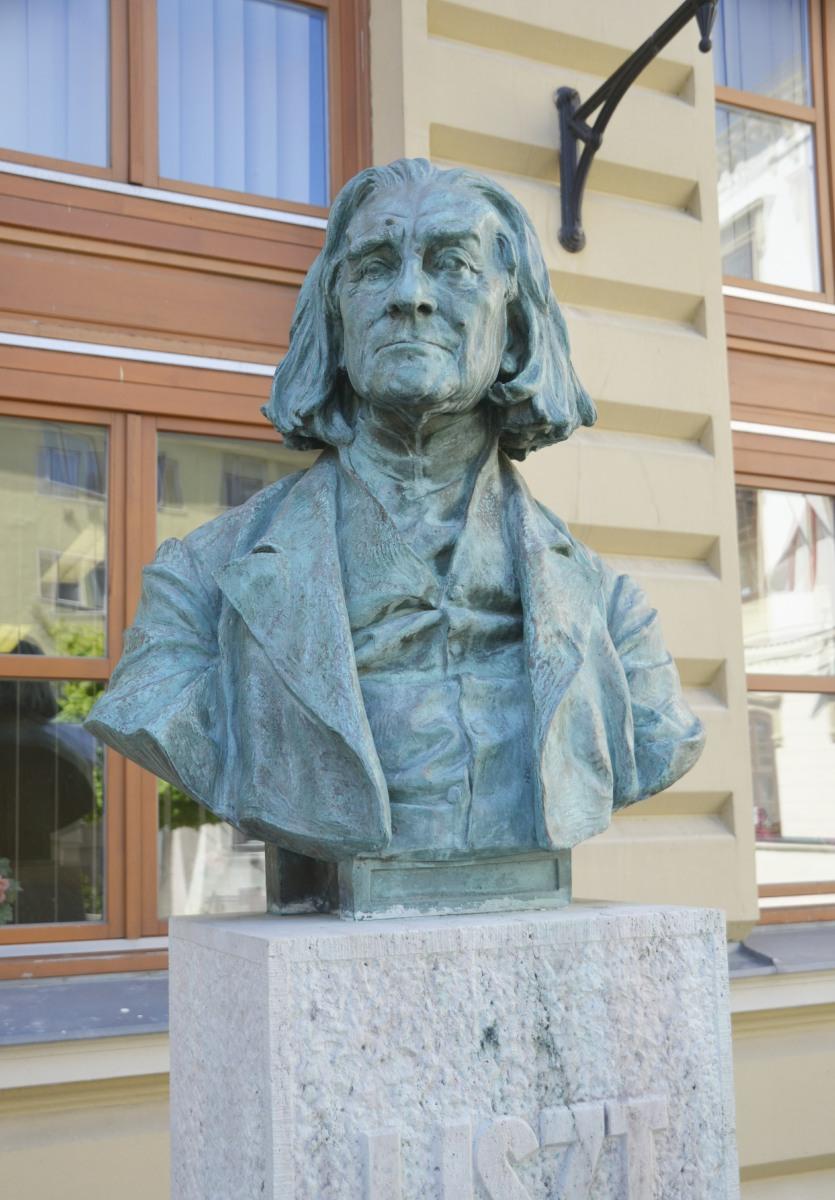 Büste von Franz Liszt