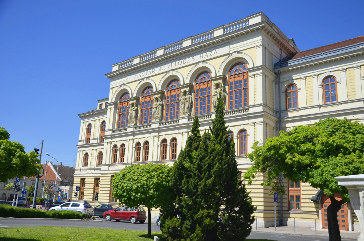 Haus der ungarischen Kultur