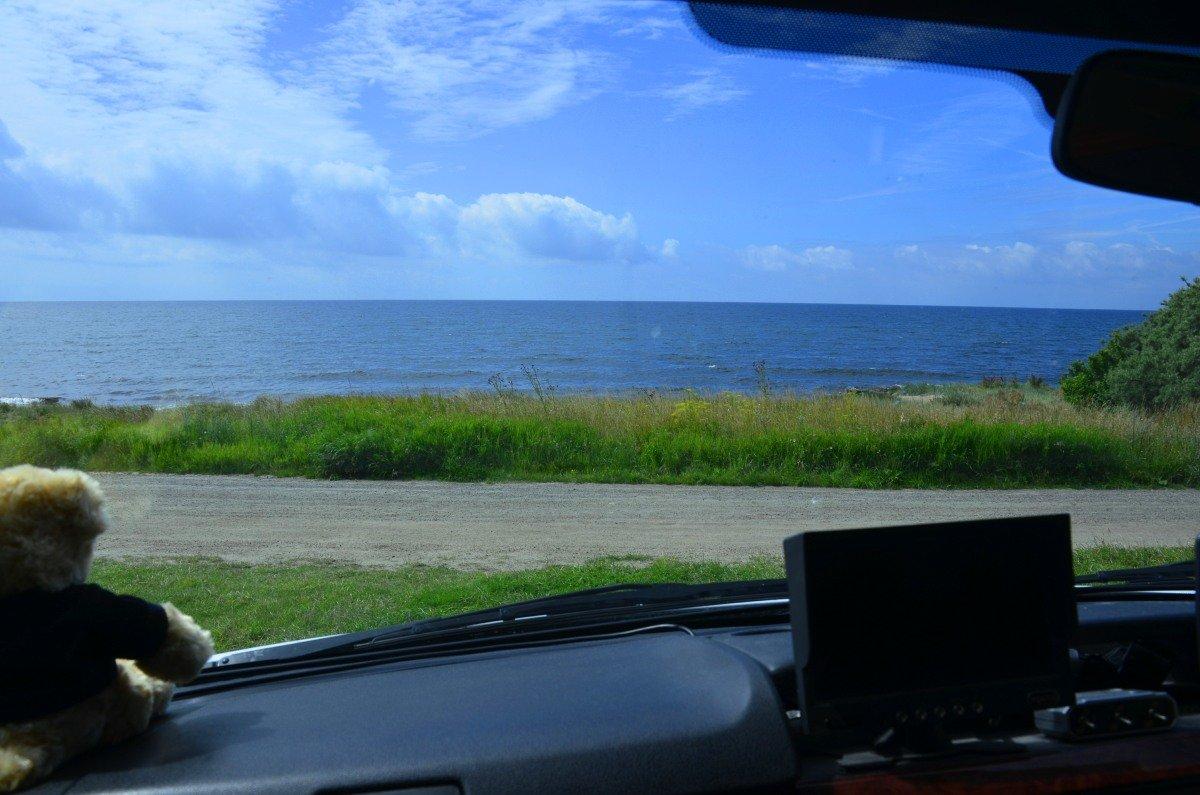 Blick aus dem Wohnmobil auf die Ostsee