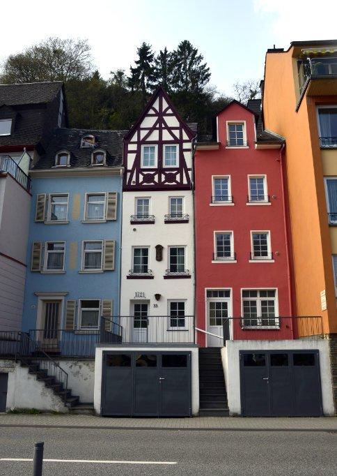 Sehr schmale Häuser