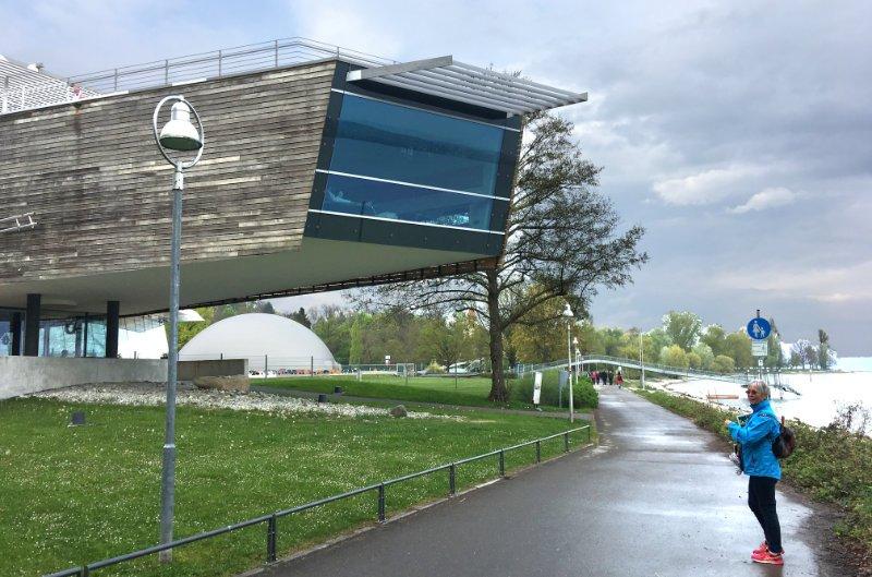 Futuristische Sauna am in Konstanz am Bodensee