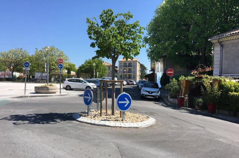 Winziger Kreisverkehr in Carpentras