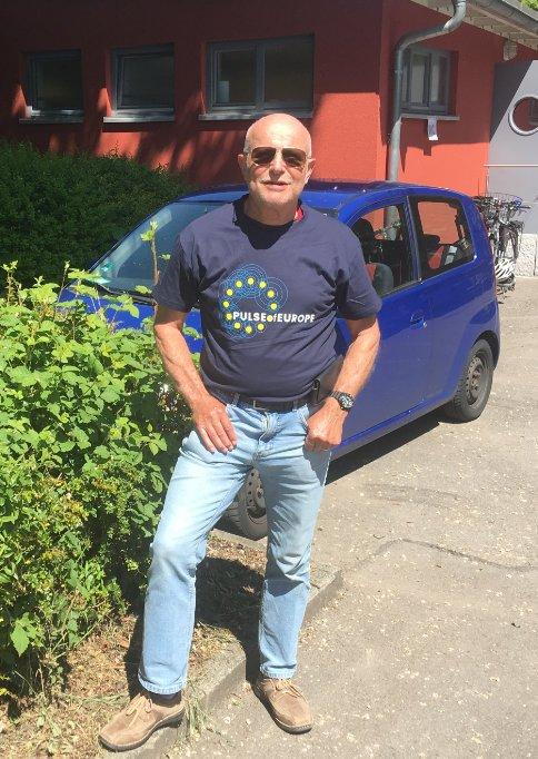 Frederick im neuen T-Shirt