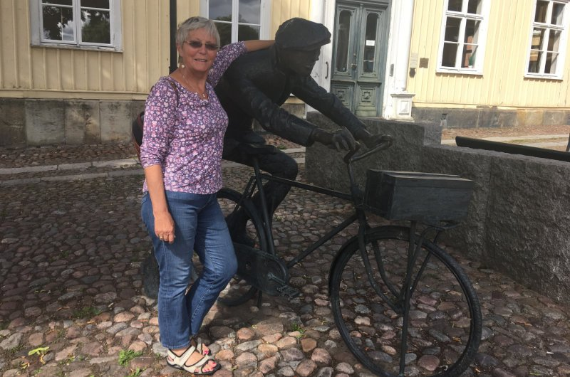 Anne mit Fahrradfahrer