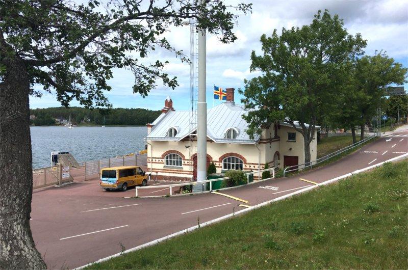 Früheres Abfertigungsgebäude der Fähren