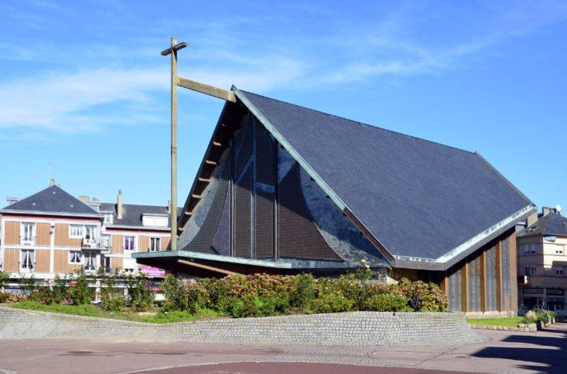 Die moderne Kirche in St.-Valery-en-Caux