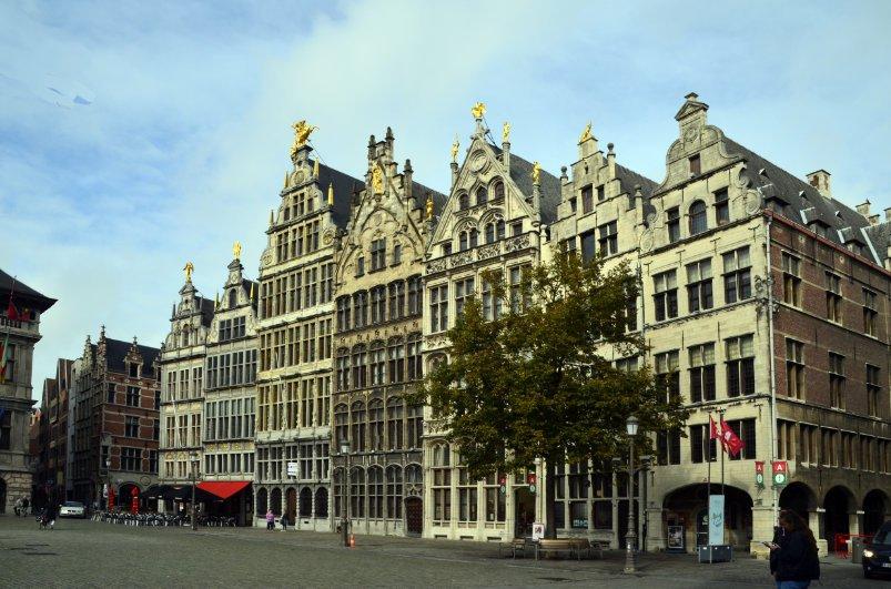 Klassische Häuser am Rathausmarkt