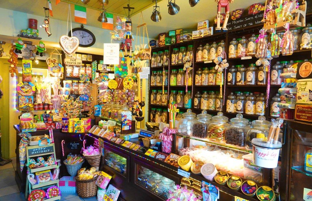 Ein Laden voller Süßigkeiten