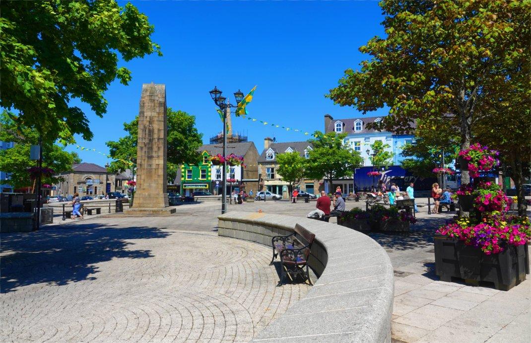 Das Stadtzentrum von Donegal
