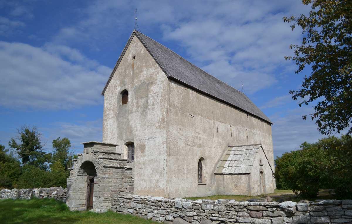 Verlassene Kirche in Källa (Älteste Kirche in Öland)