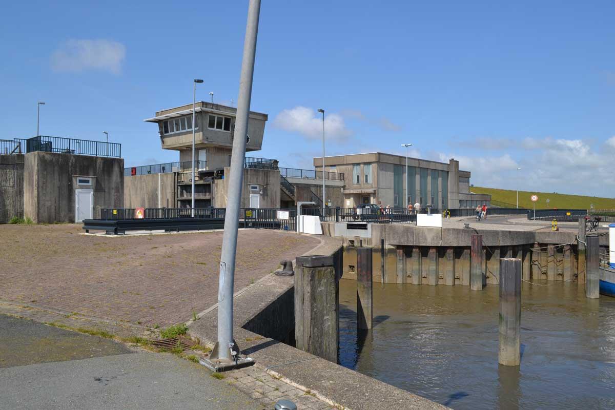 Sperrwerk Meldorf-Hafen