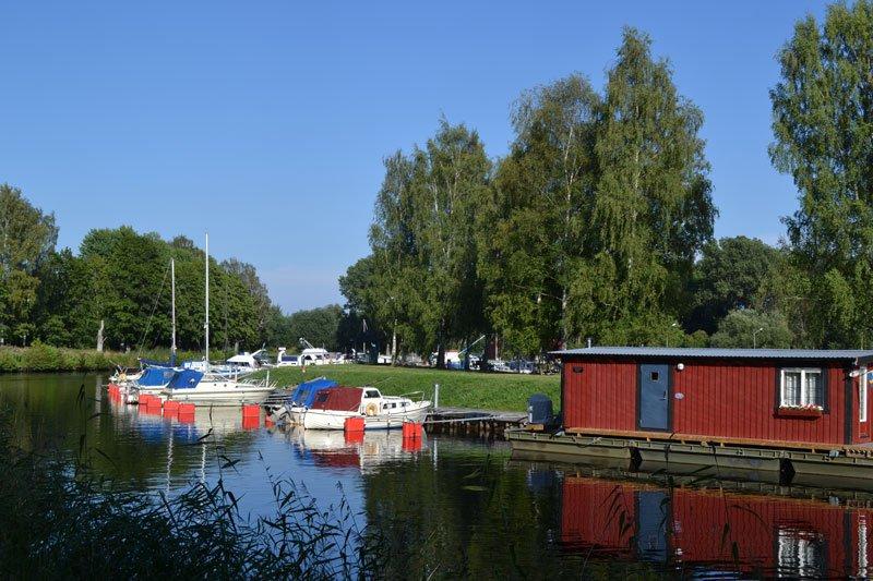 Gasthafen Svartån gegenüber vom Stellplatz
