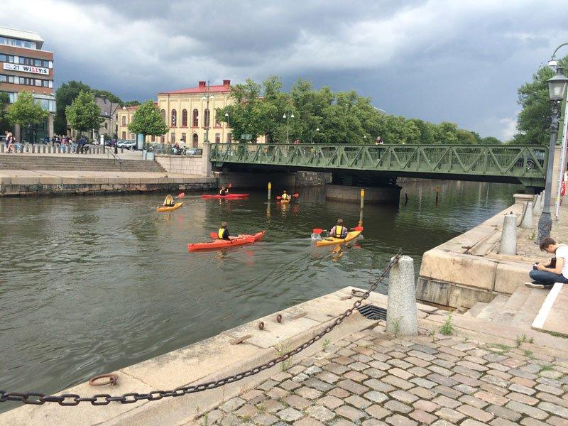 Wassersport im Zentrum von Göteborg