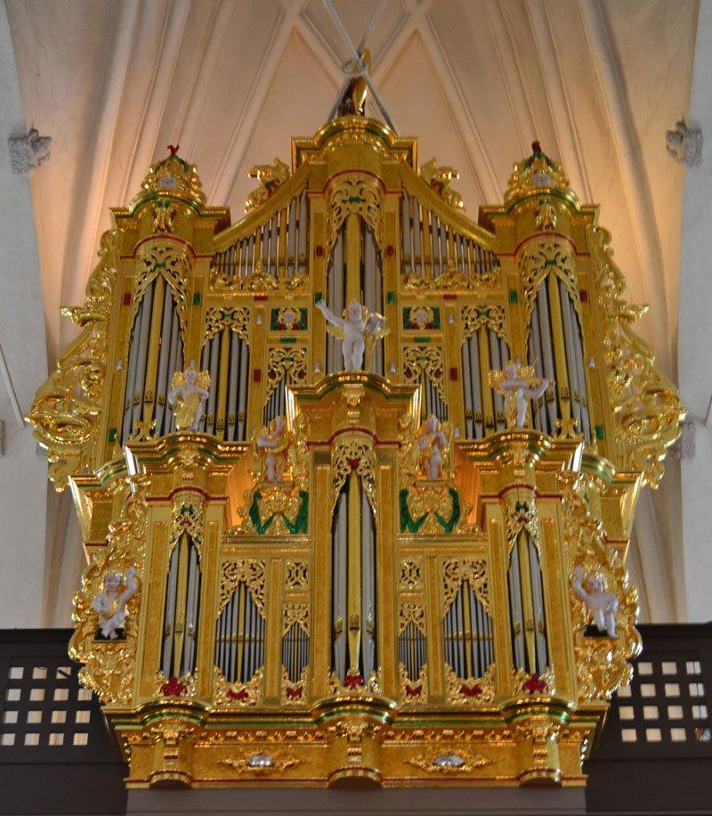 Die vergoldete Orgel in der Deutschen Kirche