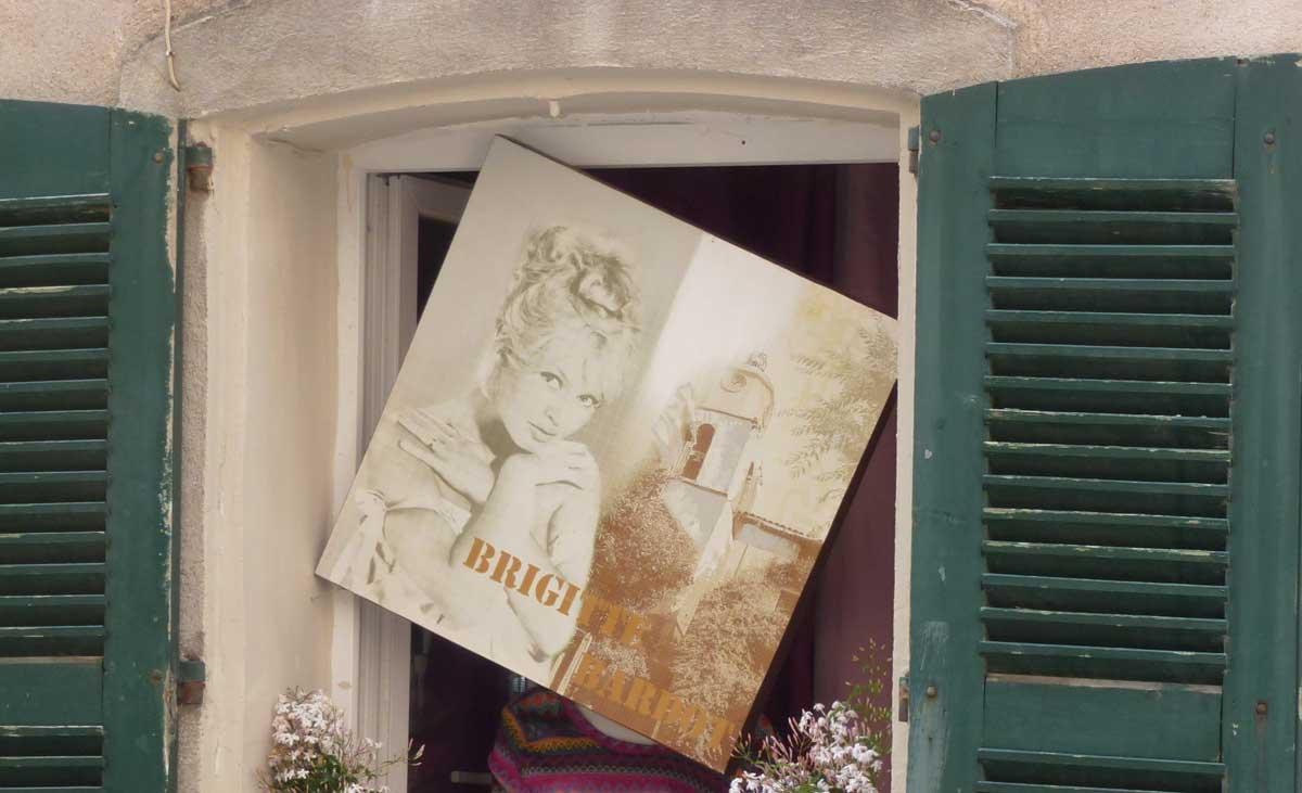 Brigitte Bardot überall