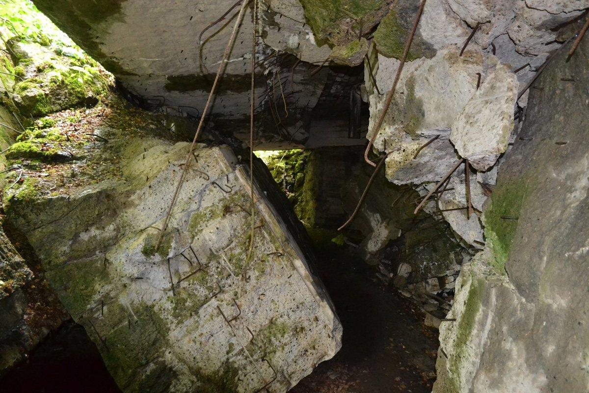 Bunkertrümmer in der Wolfsschanze