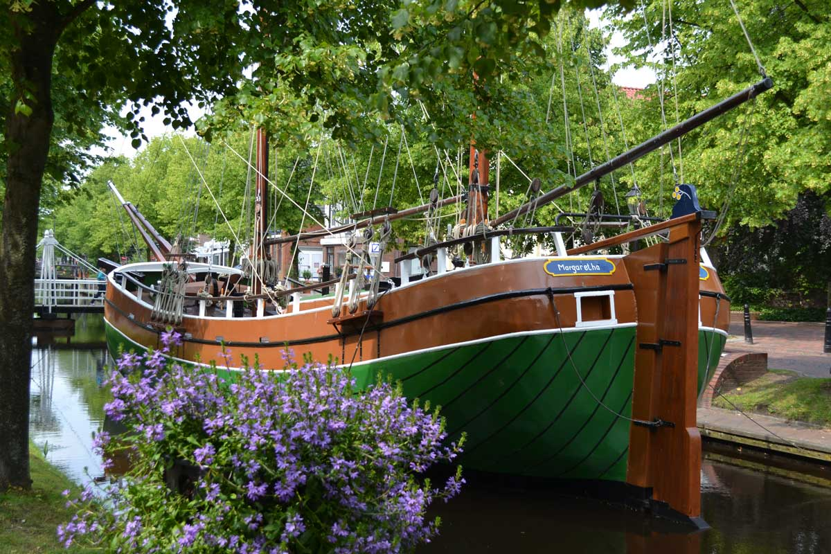 Museumssschiff in der Gracht