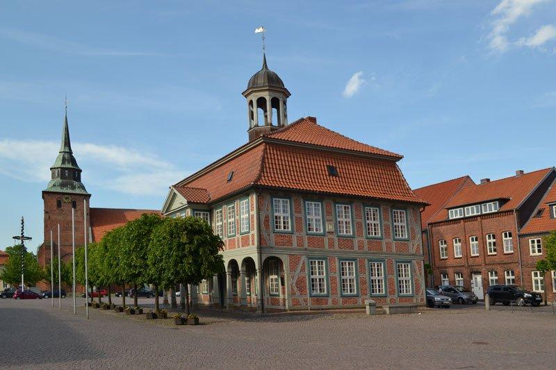 Rathaus und Kirche Boizenburg
