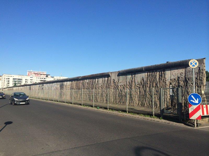 Reste der Berliner Mauer in der Nederkirchner Str.