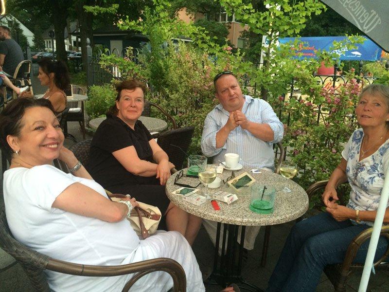 Manon, Anne, Frauke und Udo