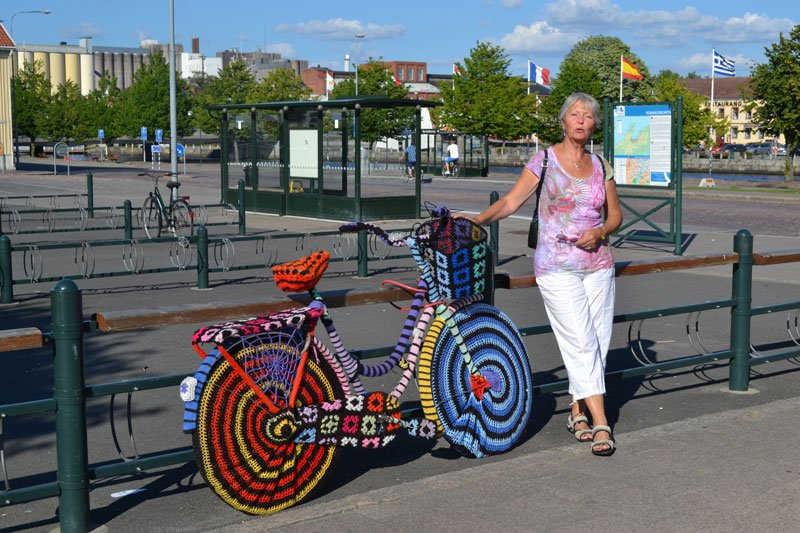 Behäkeltes Fahrrad in Lidköping